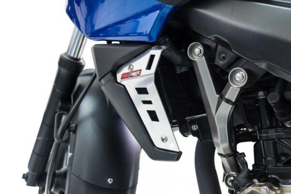 protectores-laterales-radiador-fireparts-moto-pulsar